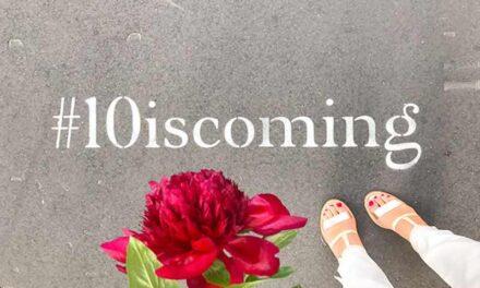 Le Crillon annonce sa réouverture avec une campagne de street marketing