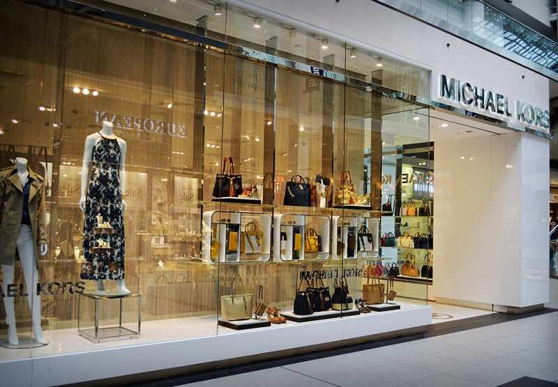 Michael Kors envisage la fermeture d'une centaine de magasins