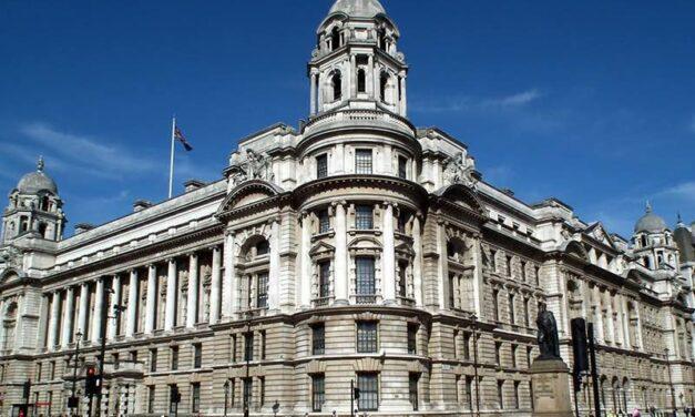 Raffles Hotels & Resorts annonce un projet hôtelier dans l'Old War Office à Londres