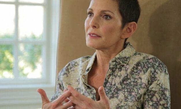 Découvrez la vision de Maureen Chiquet, ancienne CEO de Chanel, sur les femmes de pouvoir