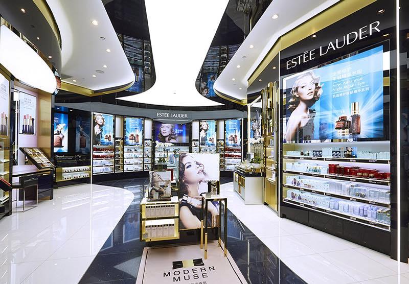 Estee Lauder promeut Olivier Bottrie a la tete du «travel retail» et du developpement commercial