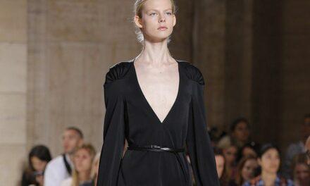 Victoria Beckham : son empire mode désormais valorisé 100 millions de livres sterling