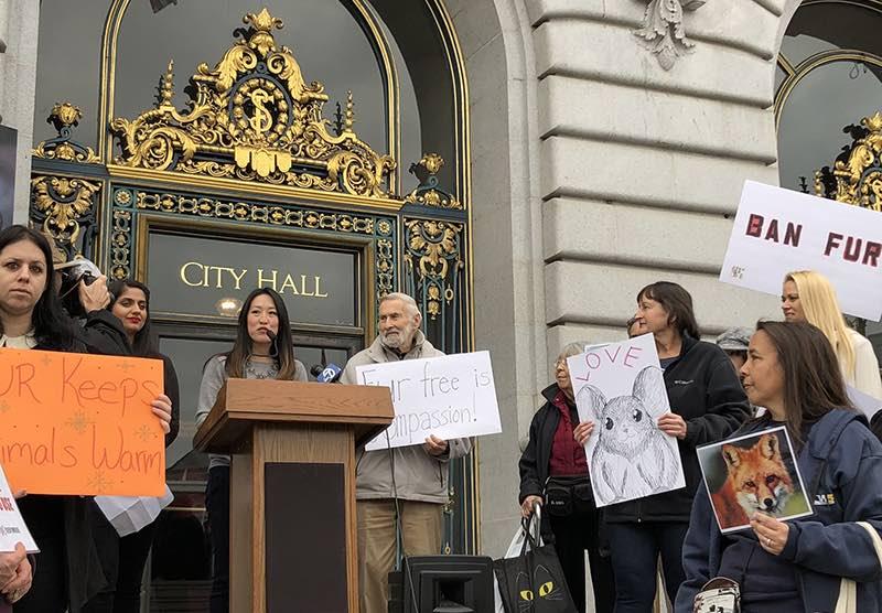 La ville de San Francisco interdit la vente de fourrures neuves