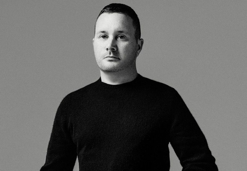 Alerte mode   Kim Jones succède à Kris Van Assche à la direction artistique  de Dior bcb2c177623