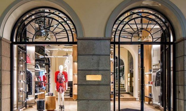 À Milan, Balmain s'embarque dans la réalité augmentée