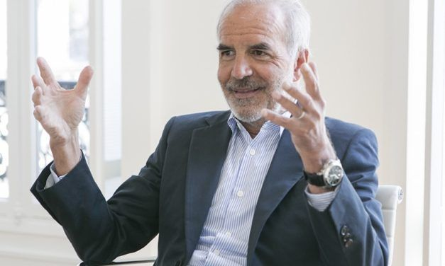 Ralph Toledano réélu à la présidence de la Fédération de la Haute Couture