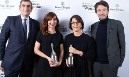 Nathalie Balla reçoit le Prix Veuve Clicquot de la Femme d'Affaires