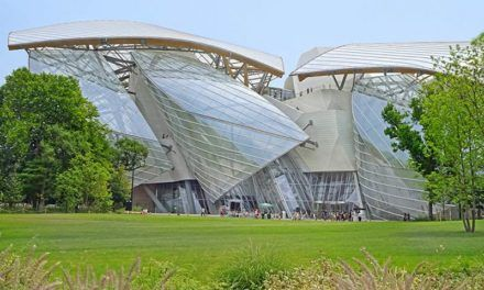 La Fondation Louis Vuitton visée par une plainte pour escroquerie et fraude fiscale