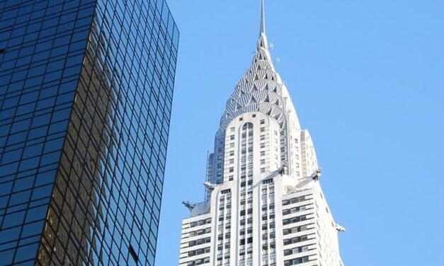 New York : le célèbre Chrysler Building vendu à perte