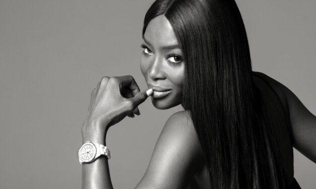 Nouvelle J12, Chanel célèbre chaque minute