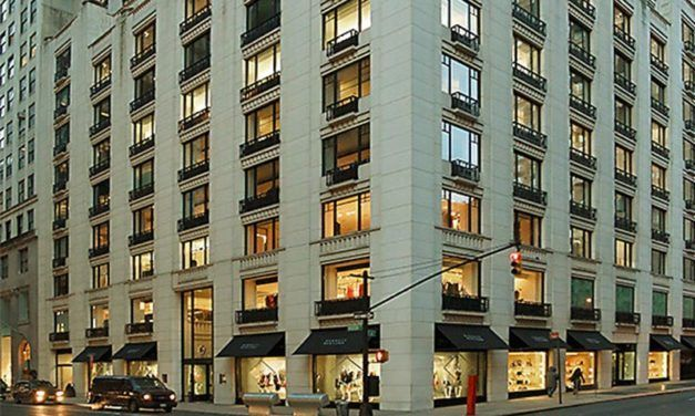 Le grand magasin Barneys explore l'option du dépôt de bilan
