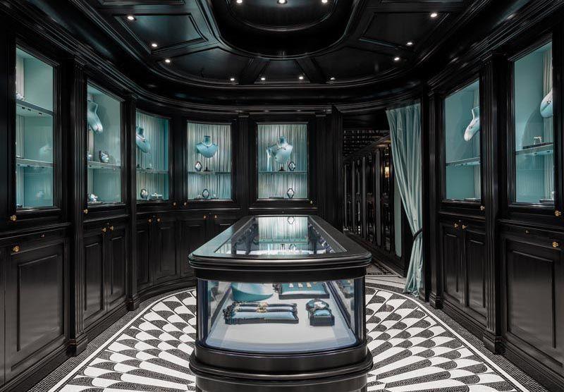 Gucci ouvre son magasin de haute joaillerie place Vendôme à Paris